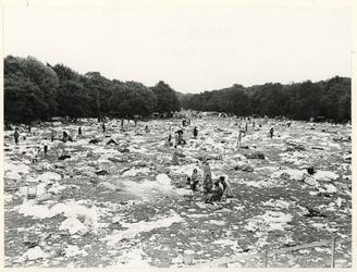 1970-1722 Holland Popfestival van 26 t/m 28 juni 1970 in het Kralingse bos in Rotterdam. Het terrein op 29 juni met ...