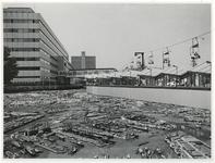 1970-2170 Tijdens de Manifestatie C70 bevindt zich op het Weena de havenmaquette Havodam. Rechts bovenaan zijn ...