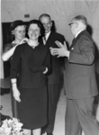 1974-2092 De heer ir. F. Posthuma, directeur van het Gemeentelijk Havenbedrijf, wordt wegens zijn 25-jarig ...