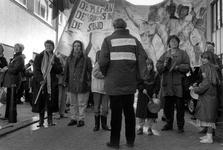 1989-316 Vertrek van de demonstratie uit de Gouvernestraat ter gelegenheid van Internationale Vrouwendag.