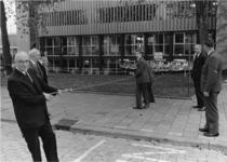XXXIII-1320-01 Burgemeester mr. G.E. van Walsum verricht de opening van het nieuwe gebouw van de Koninklijke ...