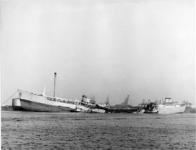 XXXIII-1518-03-02-2 Aan boord van het Noorse tankschip Ronastar , dat bij Verolme Tanker Cleaning in het Botlekgebied ...