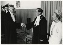 XXXIII-1610 Het eerste promenadeconcert in De Doelen. Op het podium speelt het Rotterams Philharmonisch Orkest o.l.v. ...