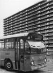 XXXIII-1719 De autobus van lijn 46, de eerste buslijn, die de woonwijk Ommoord bereikt.