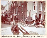 XXXIII-211-3 Christiaan de Wet maakt een rijtoer door de stad. Op de foto: bij de hoek van de Witte Leeuwensteeg en de ...
