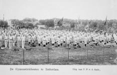 XXXIII-225-01-4 Gezicht op het schuttersveld Crooswijk, tijdens de 18e uitvoering van het Nederlandsch Gymnastiek ...
