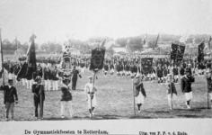XXXIII-225-01-6 Gezicht op het schuttersveld Crooswijk, tijdens de 18e uitvoering van het Nederlandsch Gymnastiek ...