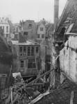 XXXIII-561 Ingestorte woningen aan de Schrijnwerkerssteeg.