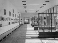 XXXIII-563 Tentoonstellingszaal in Museum Boijmans Van Beuningen.