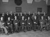 XXXIII-583-00-01 Afscheid van ir. H.C.A. Boom bij de overgang van de gemeentelijke telefoondienst naar de rijksoverheid ...