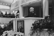 XXXIII-605-01-1 Rede van burgemeester F.E. Müller tijdens zijn installatie als gevolmachtigde van de leider voor de NSB ...