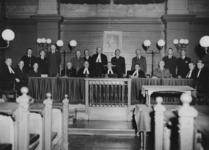 XXXIII-753-02 De laatste zitting van de Rotterdamse Kamer van het Bijzonder Gerechtshof te 's-Gravenhage.