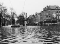 XXXIII-869-05-1 Een combinatie van zeer zware storm en springvloed veroorzaakt een watersnoodramp in Zeeland en delen ...