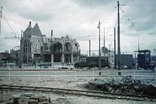 1988-1263 De restanten van het Station Hofplein het het Café Loos aan het Hofplein na het bombardement van 14 mei 1940.