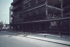 1988-1266 De Bijenkorf aan de Schiedamse Vest na het bombardement van 14 mei 1940.