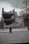 1988-1269 Skelet van het restaurant Caland aan de Coolsingel na het bombardement van 14 mei 1940.