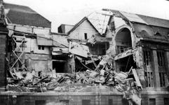 XXXIII-569-36-48 Restanten van de zijkant van het postkantoor aan de Meentzijde, na het Duitse bombardement van 14 mei 1940.