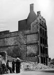 XXXIII-569-39-05-4 Als gevolg van het Duitse bombardement van 14 mei 1940 is het centrum van de stad grotendeels verwoest.