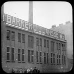189 De achterzijde van het pand van Bakkerij J. Jansse aan de Maashaven