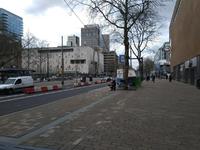 269 Rotterdam tijdens de Coronapandemie. Een stille Coolsingel op zaterdagmiddag.